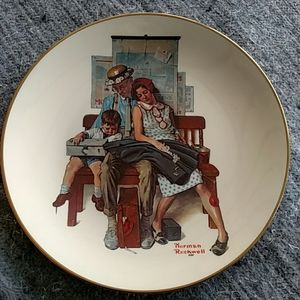 Norman Rockwell 1977 Mother's Day Plate